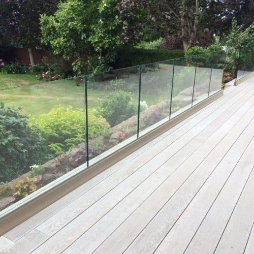 glass railings Vaughan